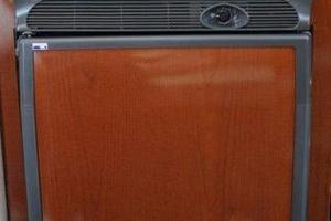 Sea-Ray-Sundancer-2008-Irish-Wake-Vancouver-Canada-Refrigerator-386785