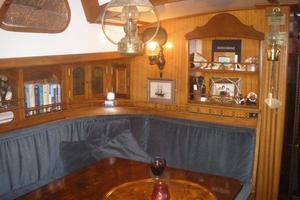 52' Herreshoff sloop 1979 Dinette