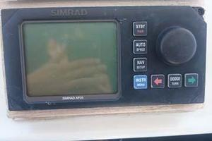 106' Broward Raised Pilothouse 1982 Simrad Autopilot