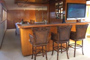 106' Broward Raised Pilothouse 1982 Bar