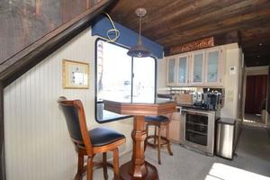 65' Sumerset Houseboat 1993 Pub Table Bar