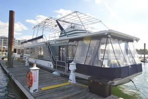 65' Sumerset Houseboat 1993 Starboard Bow