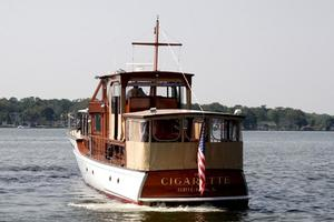 75' Custom 75 Commuter Yacht 1928 Stern