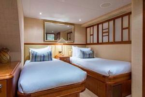 Westport-Tri-Deck-2003-Vision-Jupiter-Florida-United-States-Starboard-Guest-Statroom-370678
