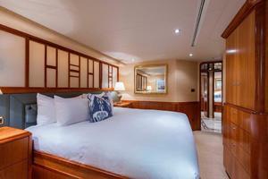 Westport-Tri-Deck-2003-Vision-Jupiter-Florida-United-States-VIP-Port-Guest-Stateroom-370658