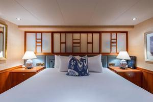 Westport-Tri-Deck-2003-Vision-Jupiter-Florida-United-States-VIP-Starboard-Guest-Stateroom-370663