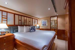 Westport-Tri-Deck-2003-Vision-Jupiter-Florida-United-States-VIP-Starboard-Guest-Stateroom-370661