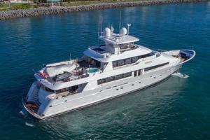 Westport-Tri-Deck-2003-Vision-Jupiter-Florida-United-States-Starboard-Aft-Quarter-370616