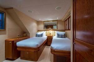 Westport-Tri-Deck-2003-Vision-Jupiter-Florida-United-States-Starboard-Guest-Statroom-370680