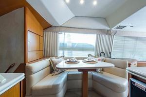 56' Ocean Yachts Super Sport Enclosed Bridge 2000 Dinette