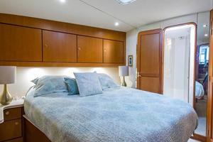 56' Ocean Yachts Super Sport Enclosed Bridge 2000 Forward Stateroom