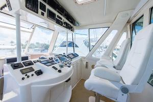 photo of Ocean-Yachts-Super-Sport-Enclosed-Bridge-2000-Stacked-Deck-Jupiter-Florida-United-States-Head-370590