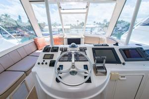 photo of Ocean-Yachts-Super-Sport-Enclosed-Bridge-2000-Stacked-Deck-Jupiter-Florida-United-States-Head-370592