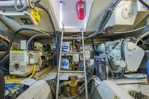 56' Ocean Yachts Super Sport Enclosed Bridge 2000 Engine Room