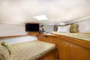65' Viking Enclosed Bridge 2001 Guest Stateroom