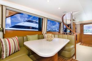 65' Viking Enclosed Bridge 2001 Dinette