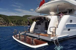97' Horizon 97 Motoryacht With Raised Pilothouse And 2011 SubmergibleSwimPlatform
