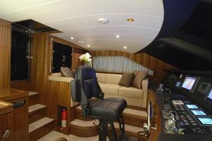 97' Horizon 97 Motoryacht with Raised Pilothouse and Skylounge 2011 Pilothouse Helm Seating