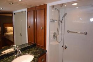 75' Burger Raised Pilothouse 1958 Main Stateroom Head Detail