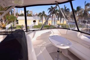Sea-Ray-550-Sedan-Bridge-2005-March-Madness-Pompano-Beach-Florida-United-States-Flybridge-to-Port-277878