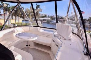 Sea-Ray-550-Sedan-Bridge-2005-March-Madness-Pompano-Beach-Florida-United-States-Flybridge-to-Bow-277877