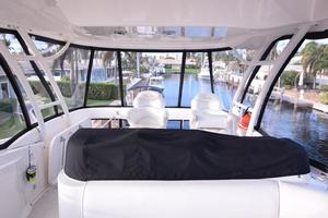 Sea-Ray-550-Sedan-Bridge-2005-March-Madness-Pompano-Beach-Florida-United-States-Flybridge-from-Bow-to-Aft-277879