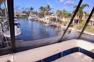 Sea-Ray-550-Sedan-Bridge-2005-March-Madness-Pompano-Beach-Florida-United-States-Flybridge-Eisenglass-277876