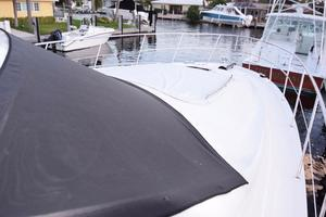 Sea-Ray-550-Sedan-Bridge-2005-March-Madness-Pompano-Beach-Florida-United-States-Bow-with-Cover-on-Windshield-277871