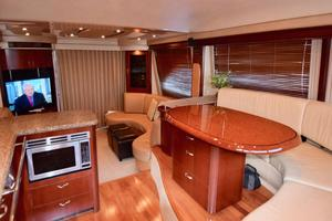 Sea-Ray-550-Sedan-Bridge-2005-March-Madness-Pompano-Beach-Florida-United-States-Galley-to-Salon-277851