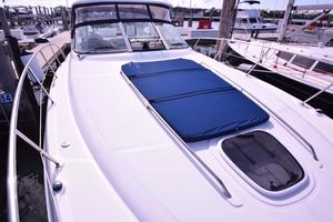 Sea-Ray-Sundancer-2008-Heaven-Sent-Miami-Beach-Florida-United-States-Foredeck-and-Sunpad-369166