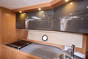 48' Azimut 48 ATLANTIS 2013 Galley