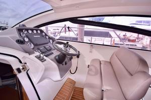 48' Azimut 48 ATLANTIS 2013 Helm Cushion Seating Down
