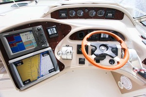 photo of Sea-Ray-Sundancer-2001-Lasting-Impression-Ft.-Lauderdale-Florida-United-States-Helm-and-Electronics-1065003