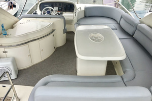 62' Azimut 62 Flybridge 2007  Flybridge Seating