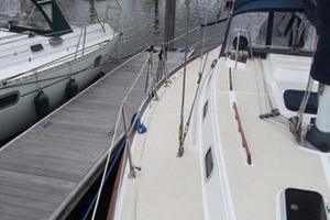photo of Tartan 372 - Breeze