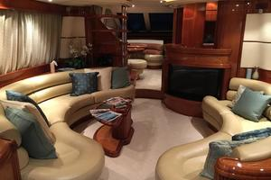 70' Azimut Sea Jet 2000 Salon