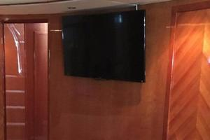 70' Azimut Sea Jet 2000 Flat Screen TV
