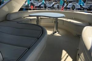 70' Azimut Sea Jet 2000 Bridge Seating