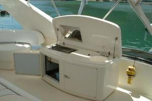 70' Azimut Sea Jet 2000 Flybridge Wet Bar and Grill