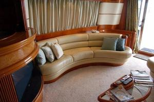 70' Azimut Sea Jet 2000 Salon Aft Access to Master