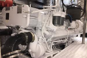 70' Azimut Sea Jet 2000 Engine Room Aug. 2017