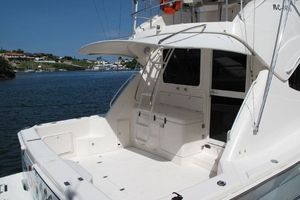 photo of Riviera-Flybridge-2004-No-Name-Curacao-Netherlands-Antilles-(NL)-Cockpit-924159