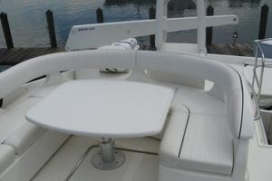 65' Viking 65 Sports Cruiser 2002 Cockpit Seating