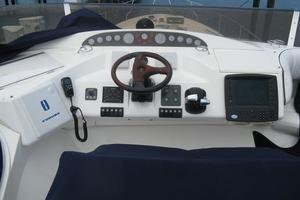 65' Viking 65 Sports Cruiser 2002 Upper Helm