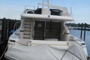65' Viking 65 Sports Cruiser 2002 Stern
