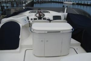 65' Viking 65 Sports Cruiser 2002 Upper Helm Station