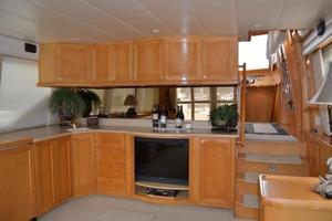57' McKinna Raised Pilothouse 1999 Salon