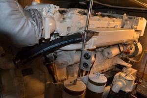 57' McKinna Raised Pilothouse 1999 Engine Room