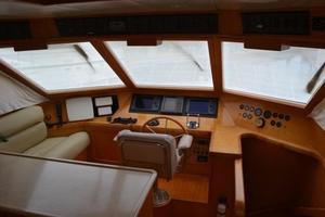 57' McKinna Raised Pilothouse 1999 Lower Helm