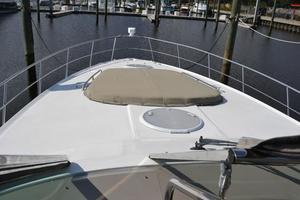 46' Cruisers Yachts 46 Express 2008 Foredeck